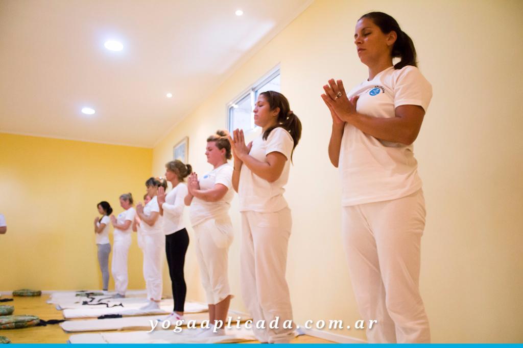 profesorado yoga aplicada 2016