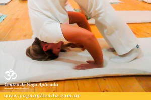 profesorado poses de yoga