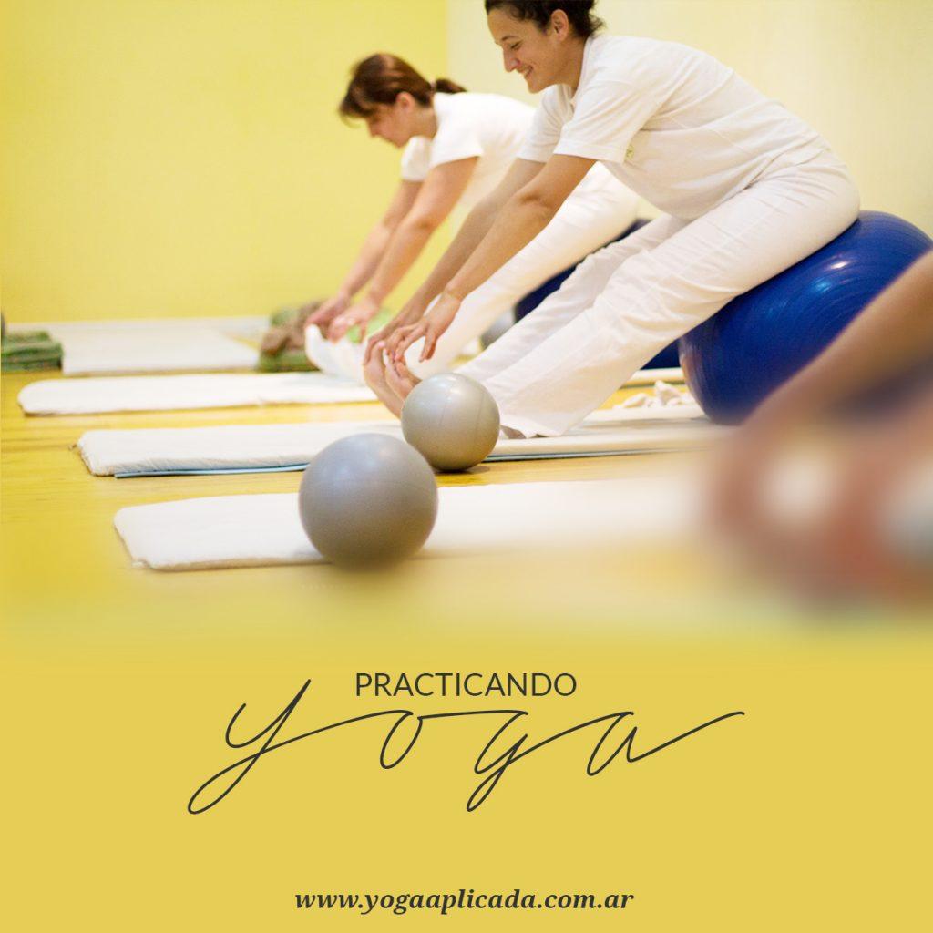 yoga pinza Paschimottanasana